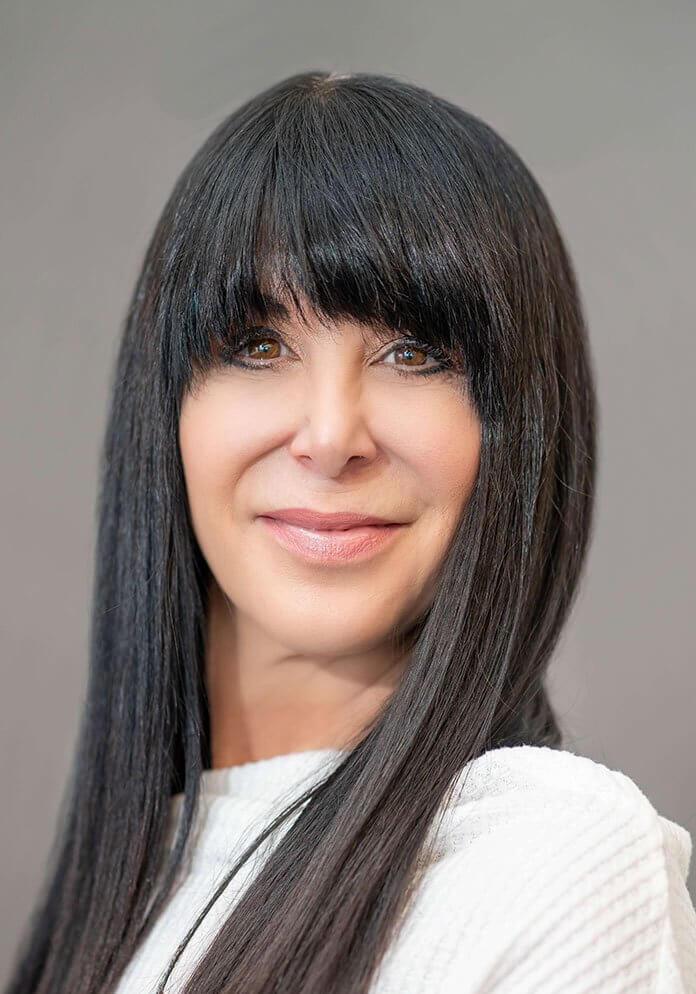 Julie Preiss